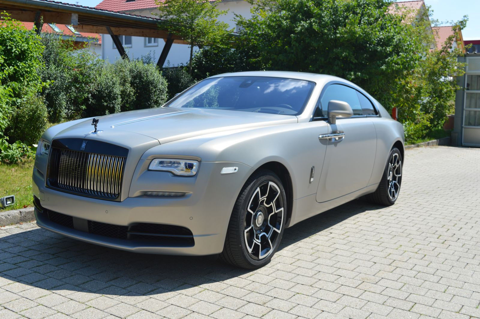 Rolls Royce Wraith Black Badge Luxury Pulse Cars Germany For Sale On Luxurypulse