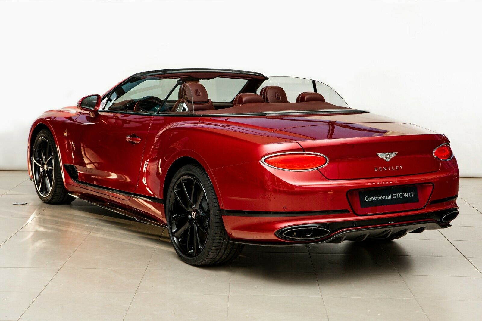 Bentley Continental Gtc Number 1 By Mulliner 1 Of 100 Luxury Sports Cars Se Latvia For Sale On Luxurypulse
